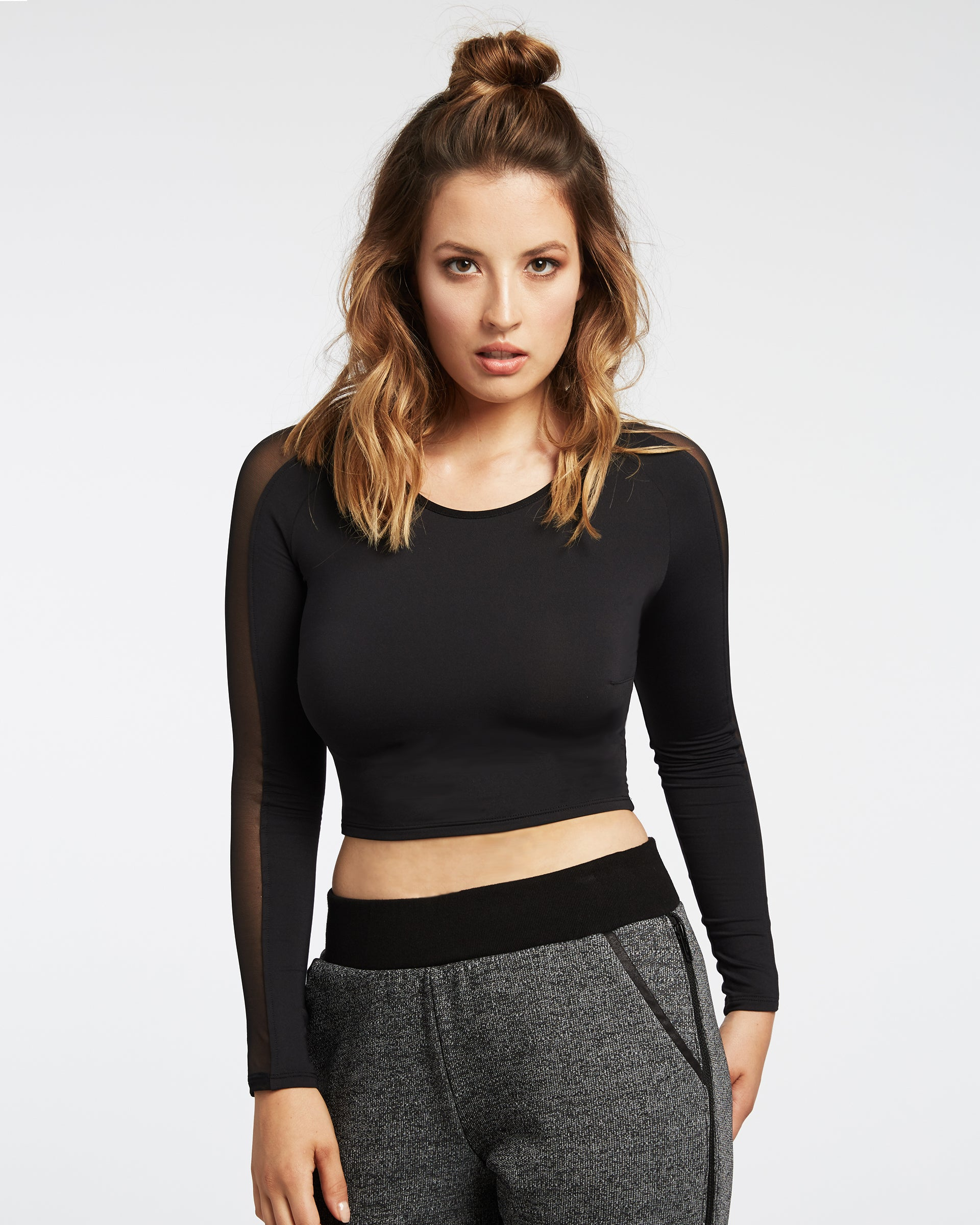 bolt-crop-top-black