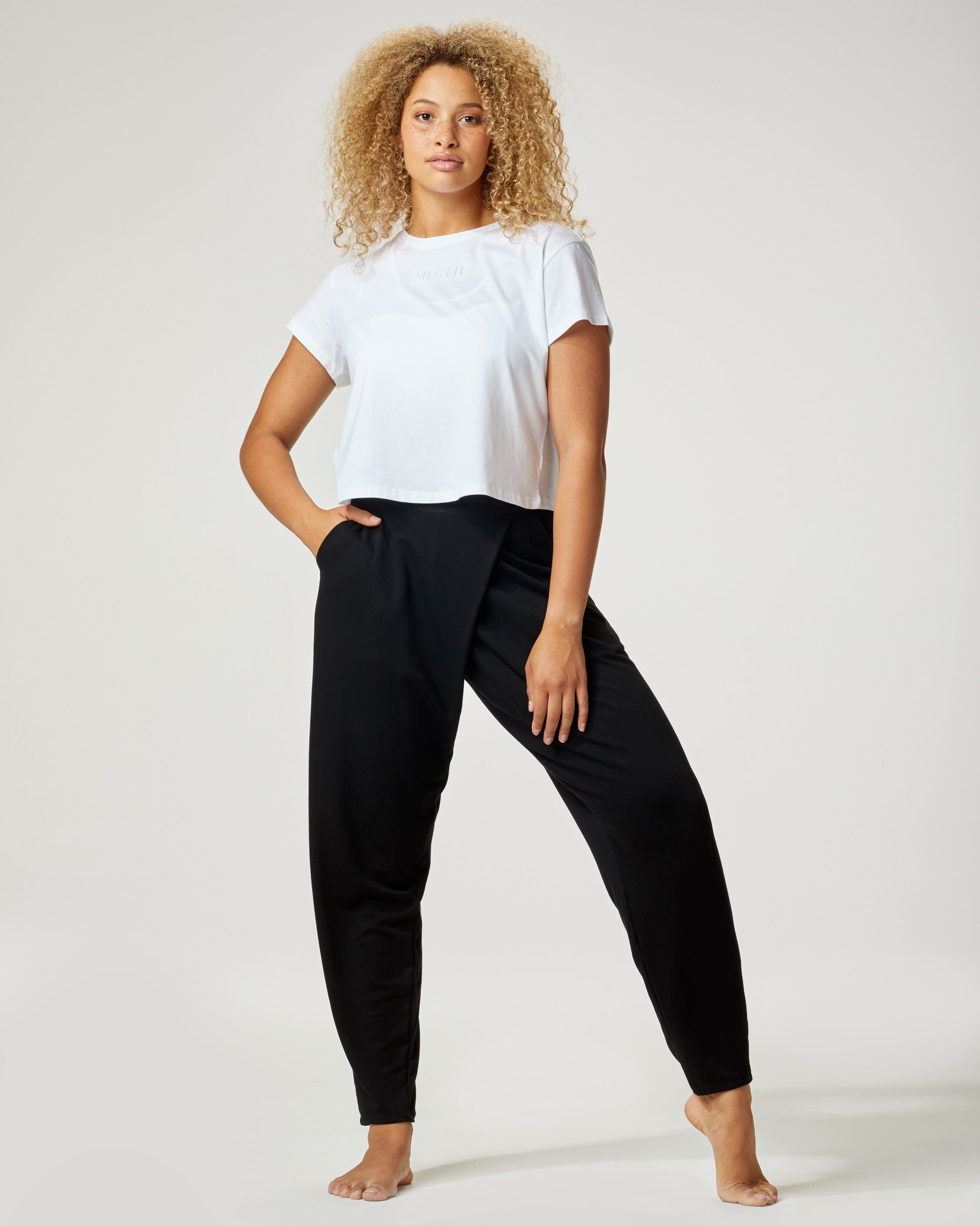 era-lounge-pant-black