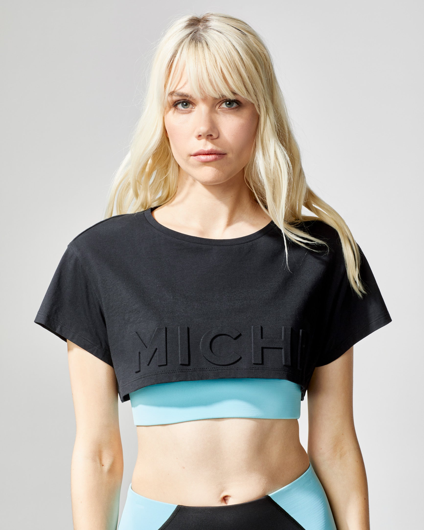 flash-crop-top-black