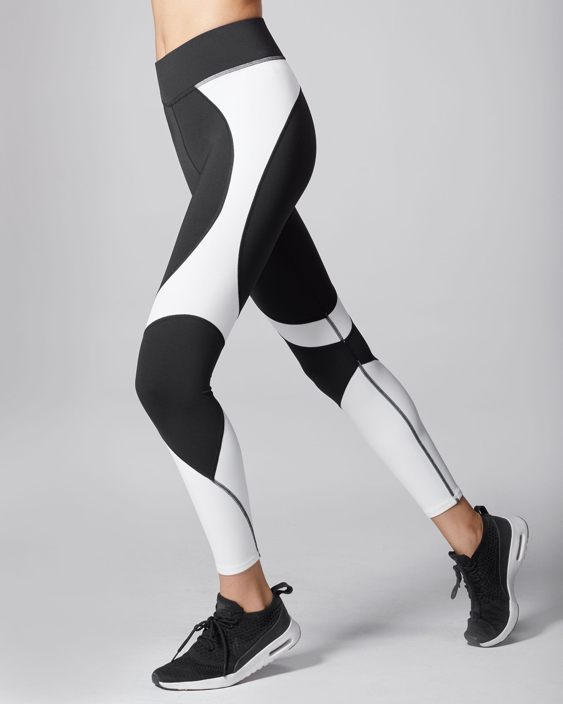 Glory Legging - Black/White