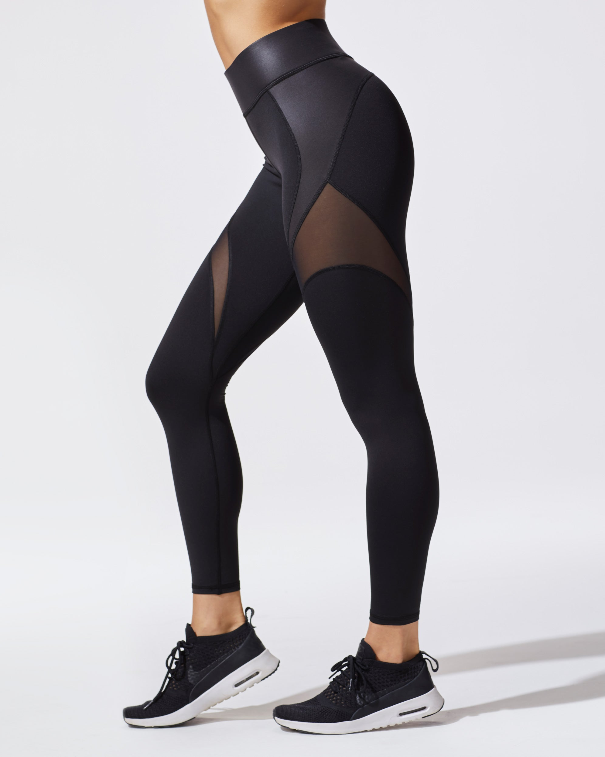 glow-legging-liquid-black