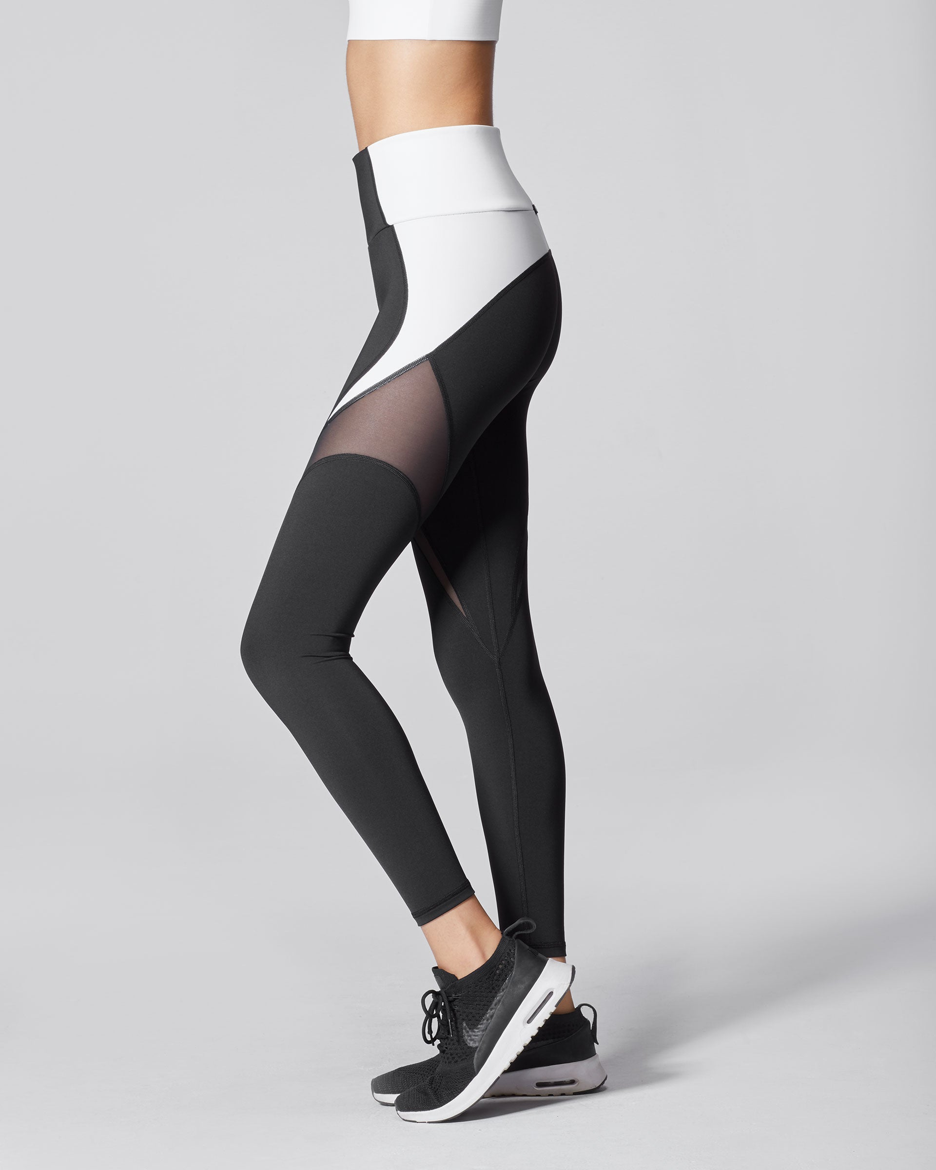 glow-high-waisted-legging-black-white