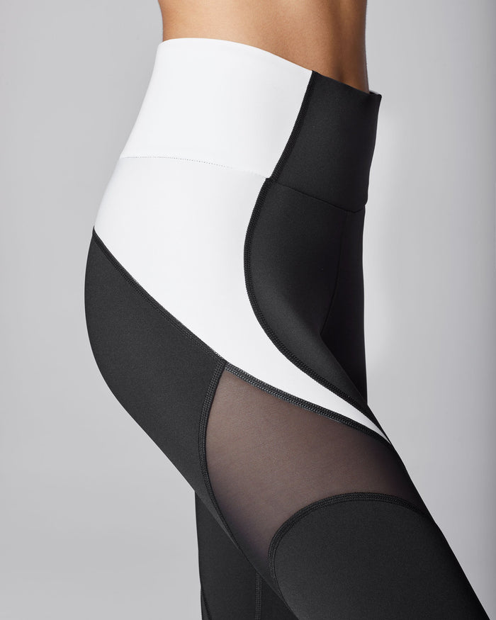 Glow High Waisted Legging - Black/White