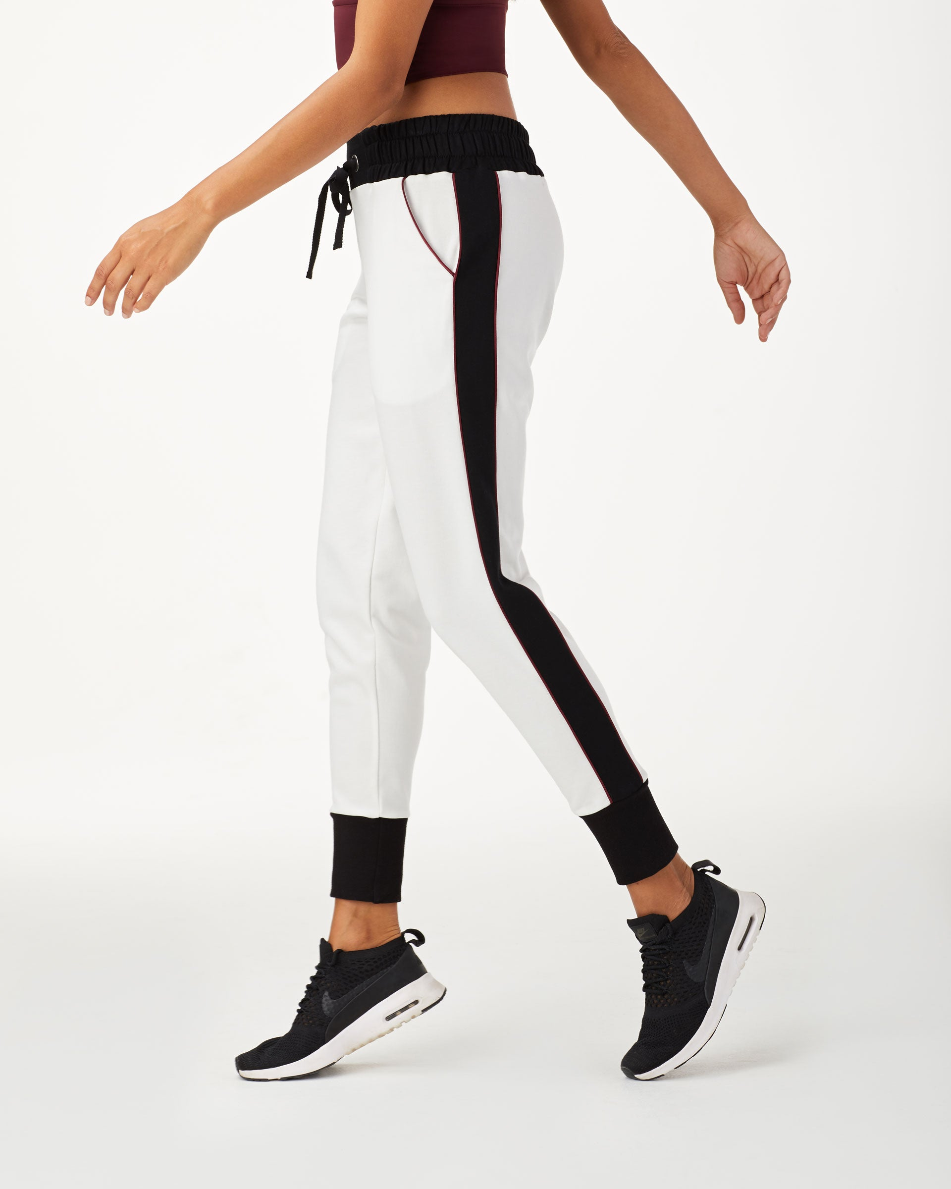 interstellar-sweatpant-ivory-black-wine
