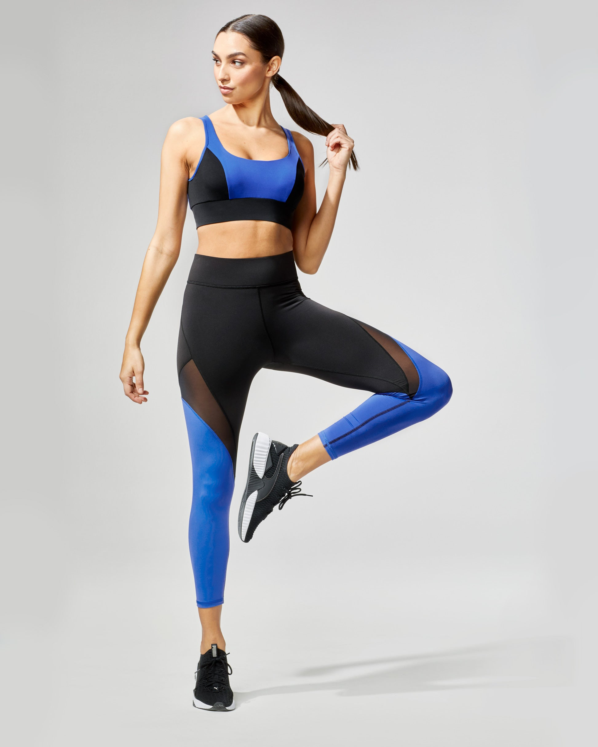 inversion-crop-legging-royal-blue-black