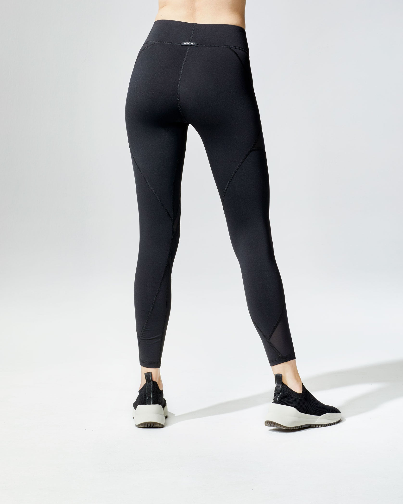 inversion-legging-black