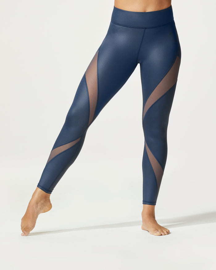 Inversion Rise Legging - Ink