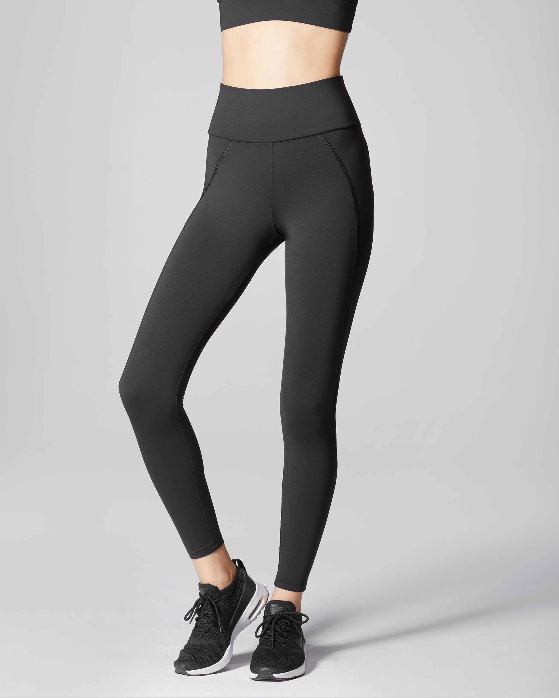 liquid-high-waisted-legging-black