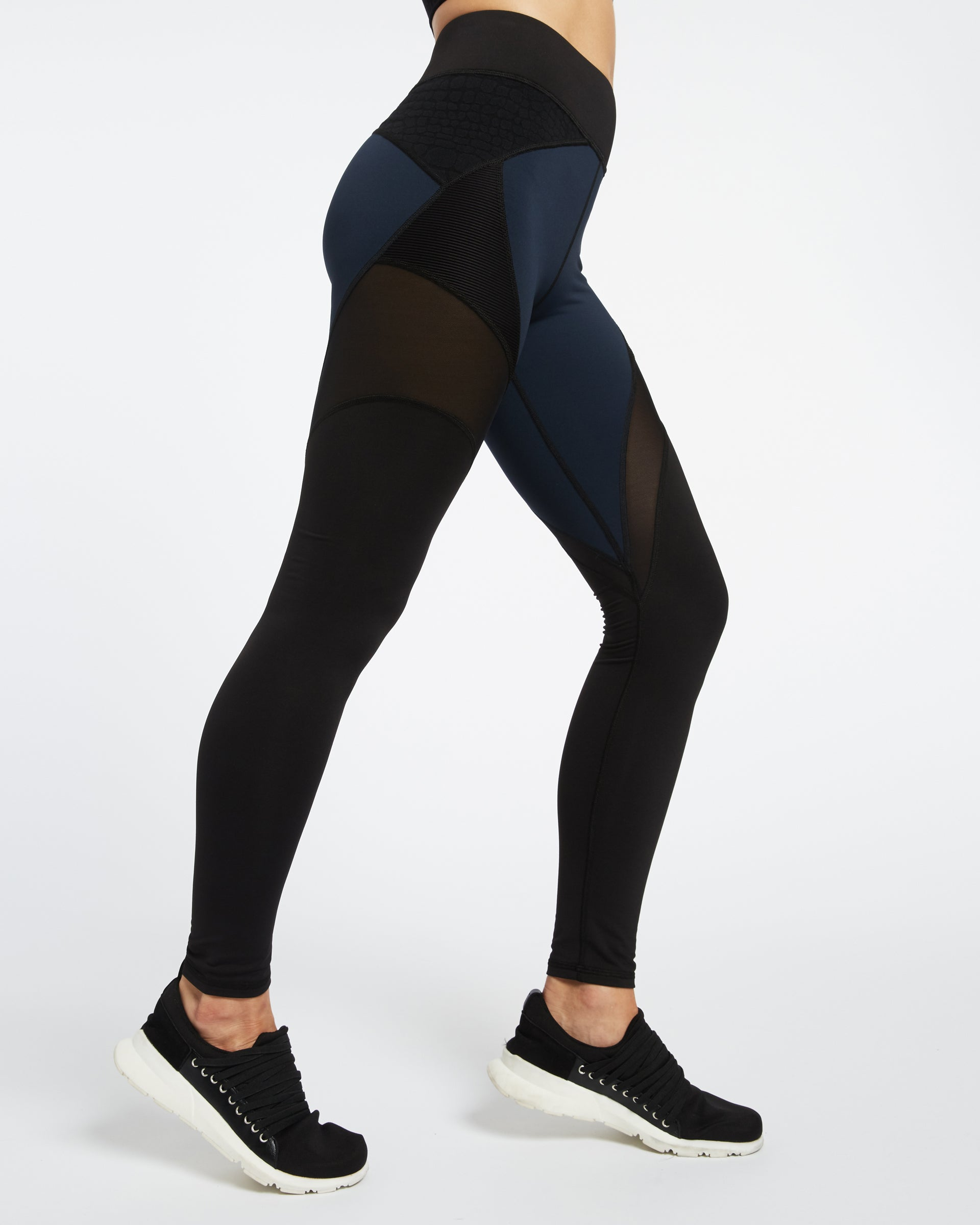 mirage-legging-deep-sea-navy-black