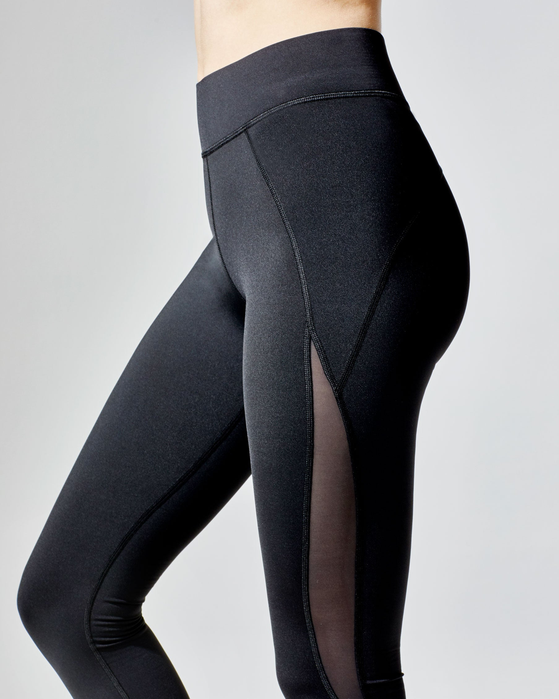 medusa-crop-legging-black