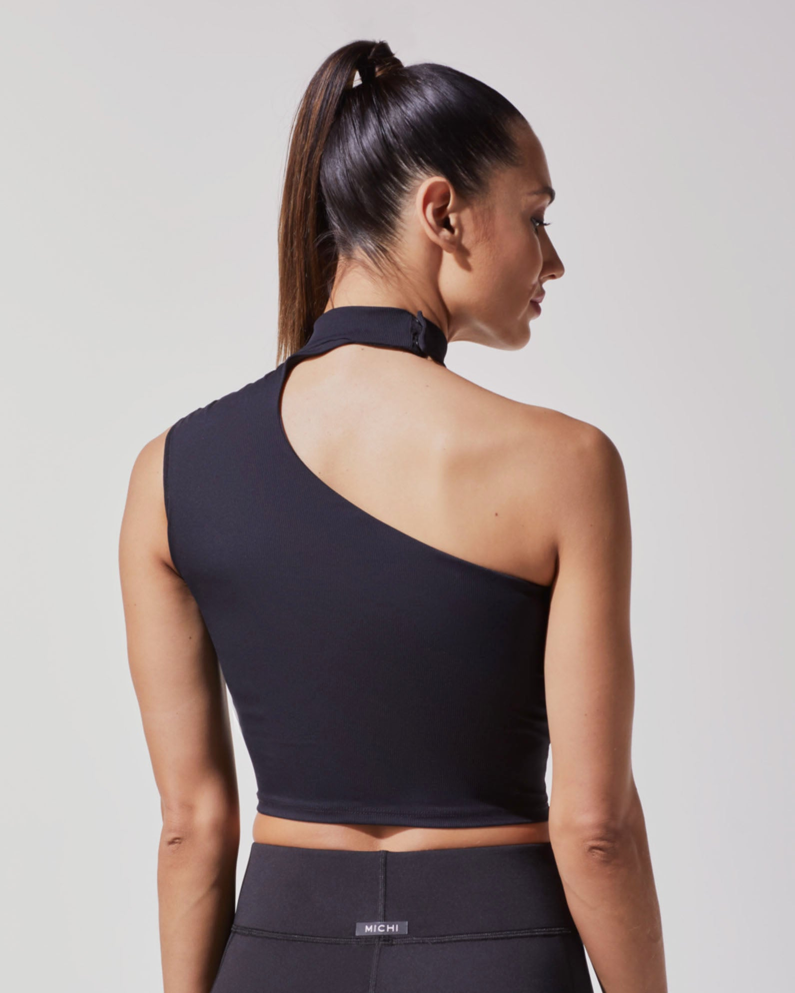 eclipse-crop-top-black