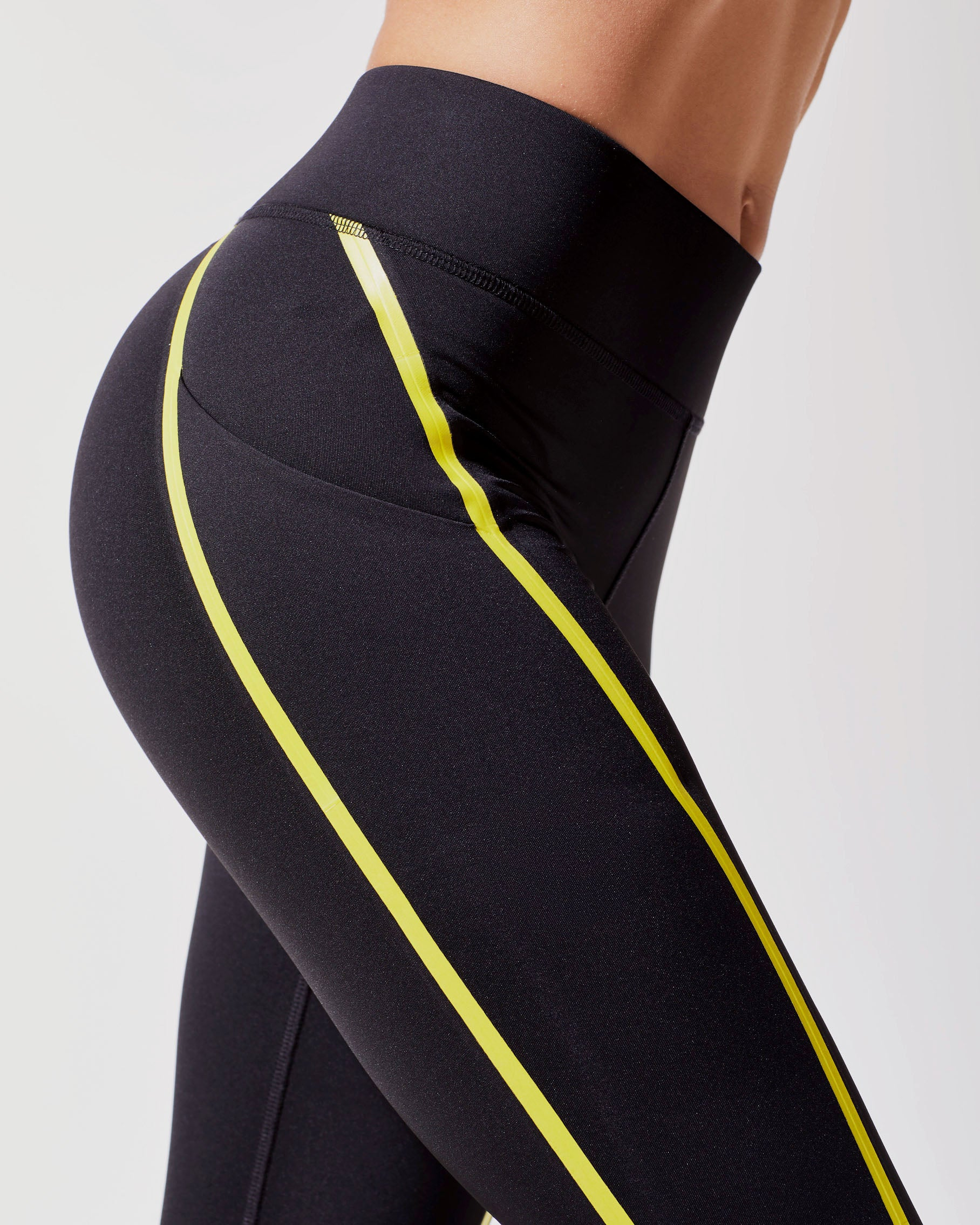 linear-legging-black-acid-yellow