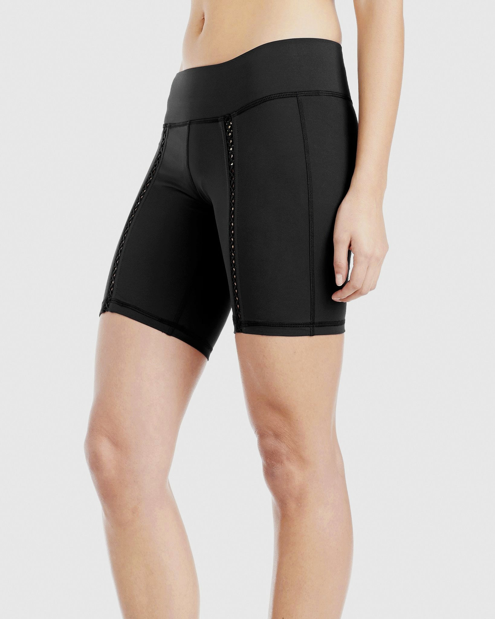 pipeline-short-black