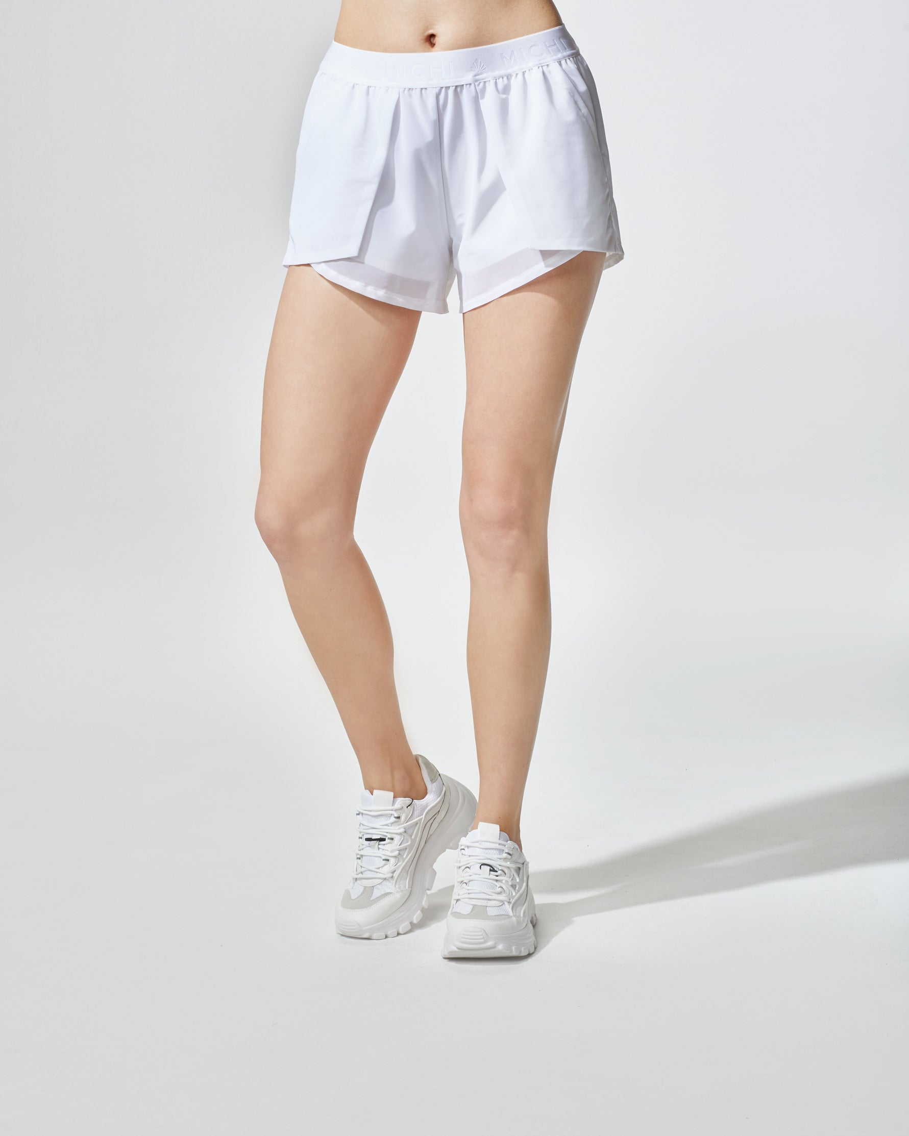 Rally Short - White