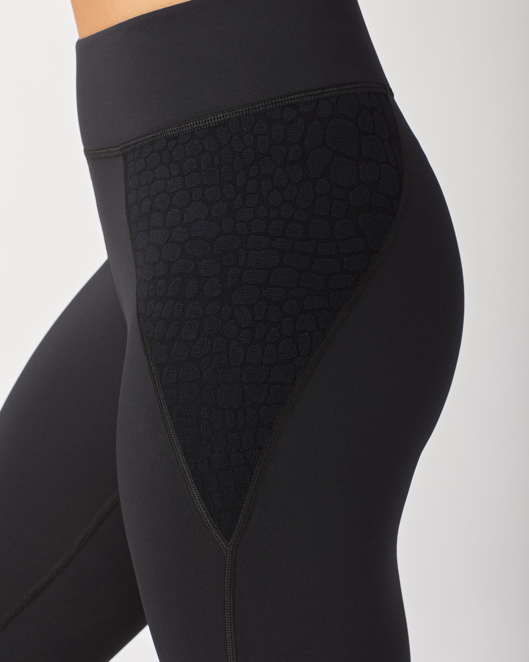 shadow-legging-black-croc