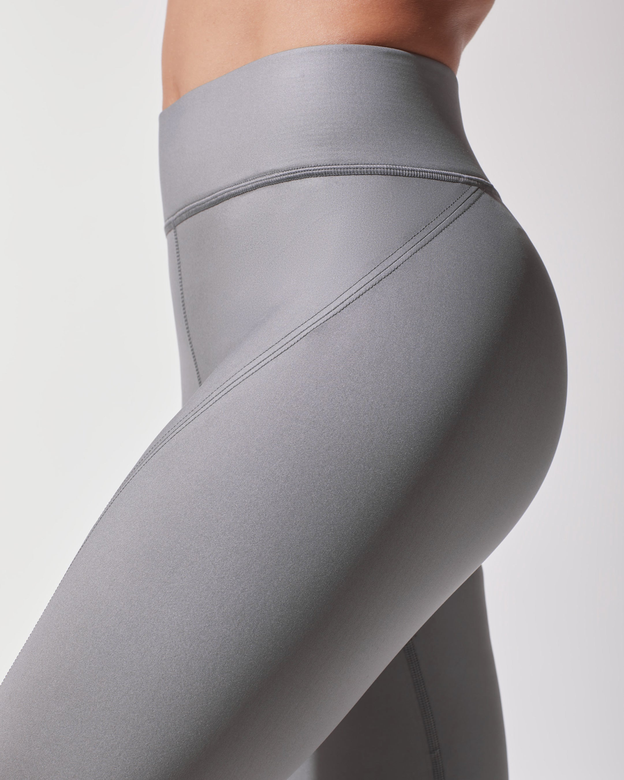 splice-legging-platinum