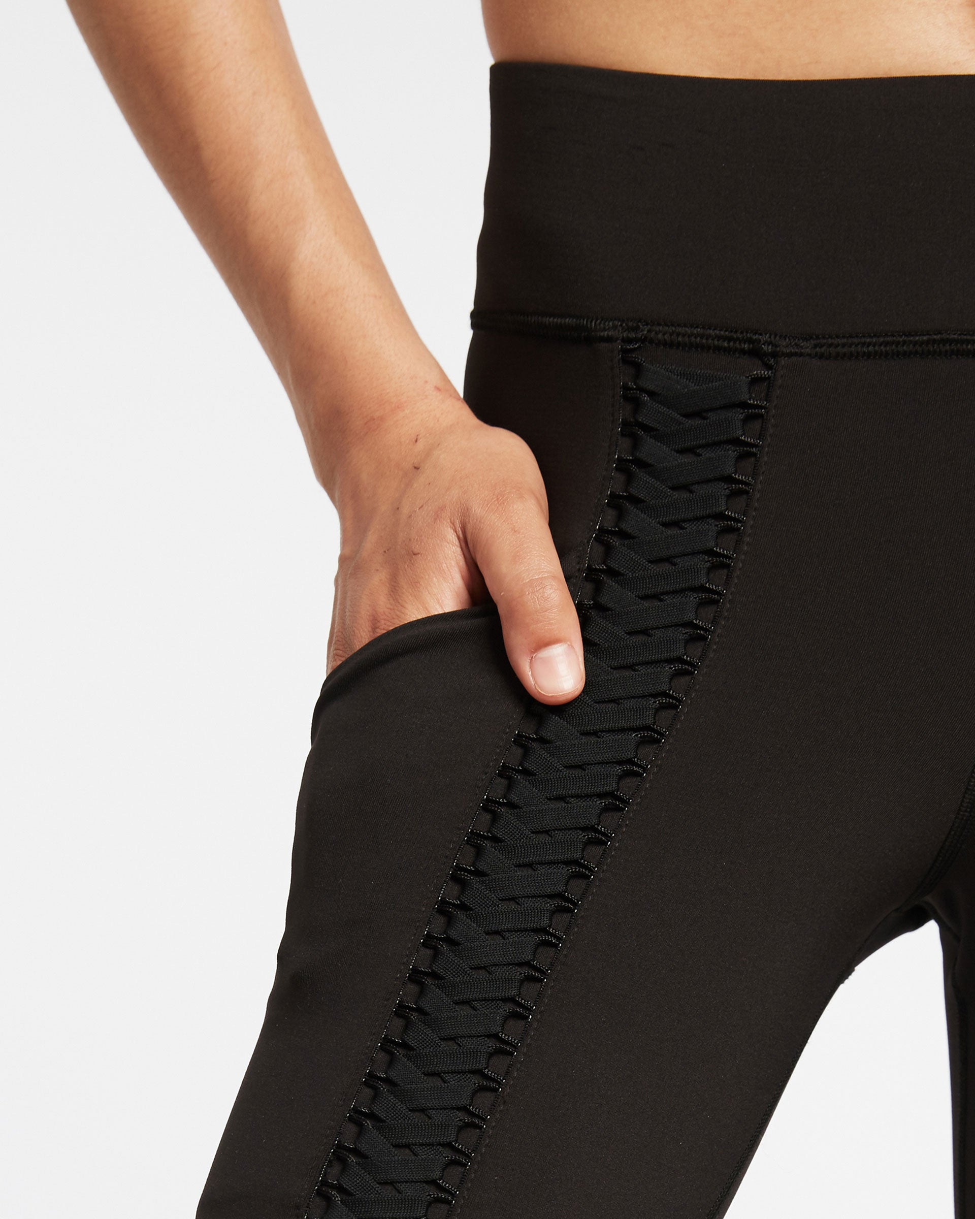 suspension-pocket-legging-black