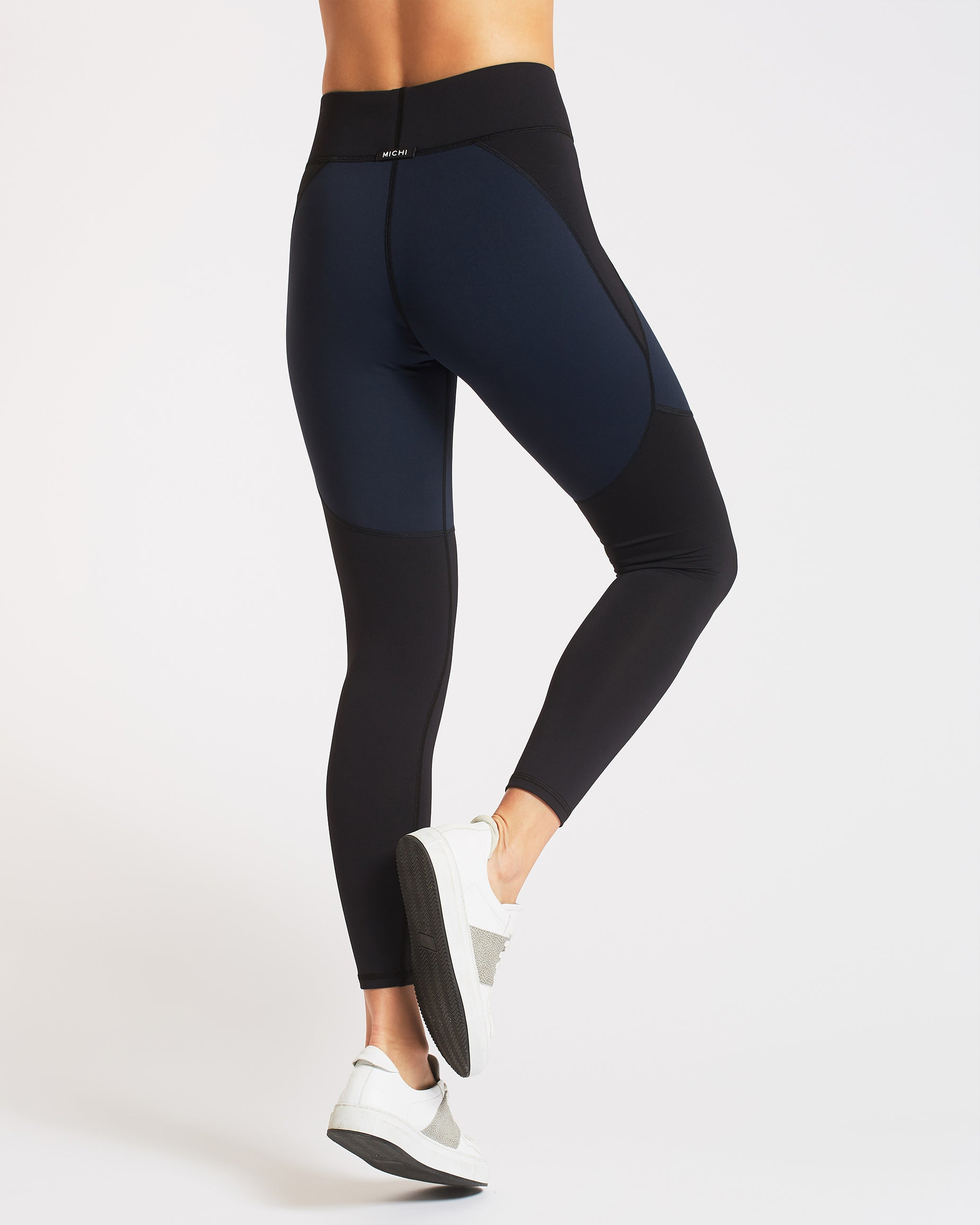 tidal-legging-deep-sea-navy-black