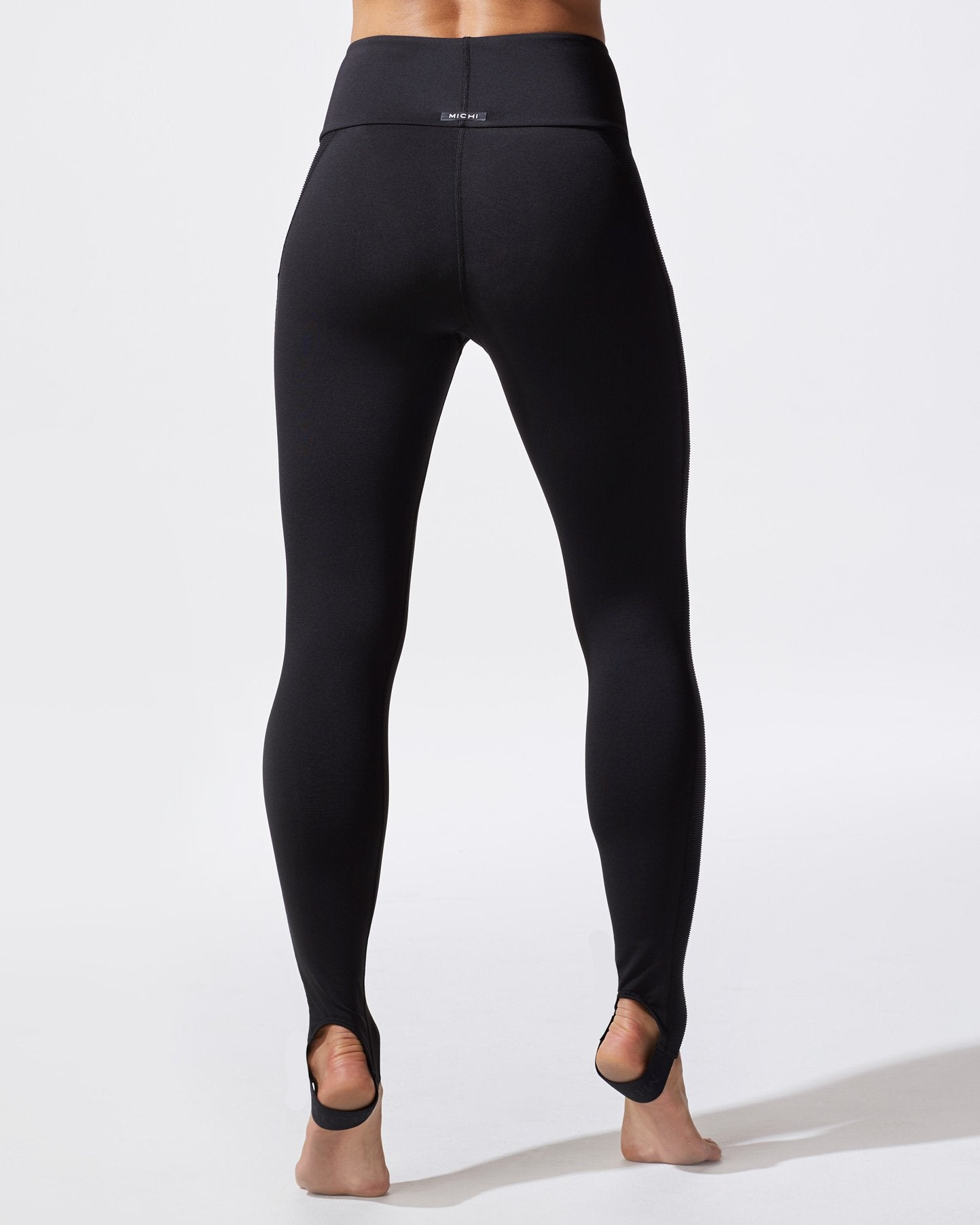 uproar-legging-black