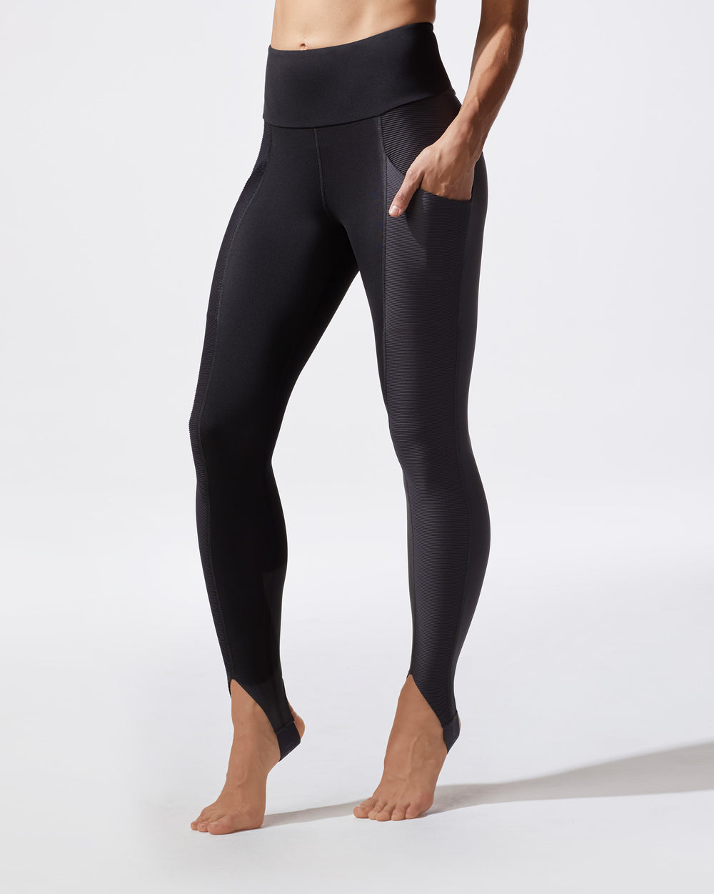 Uproar Legging - Black