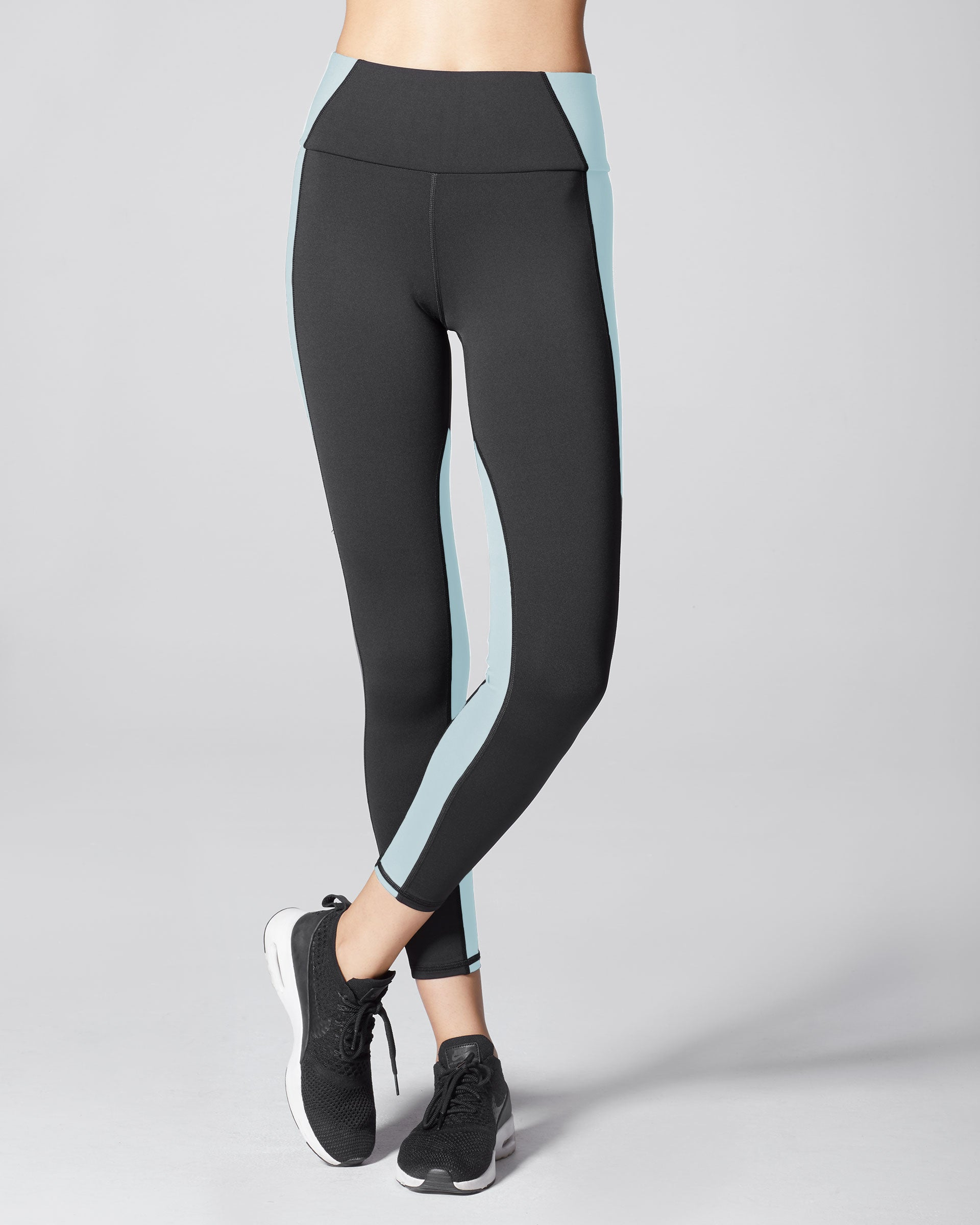 vibe-high-waisted-legging-black-sky