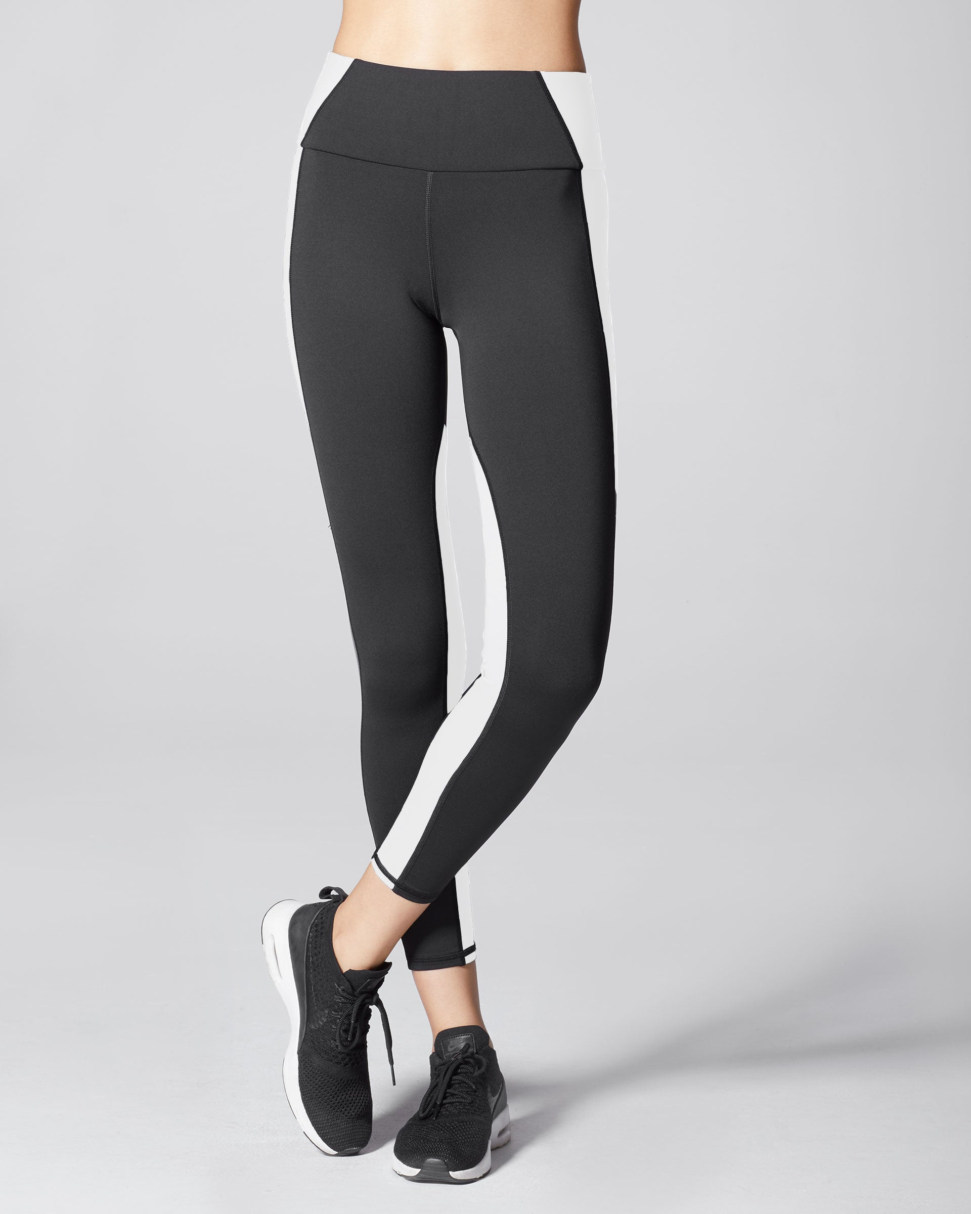 vibe-high-waisted-legging-black-white