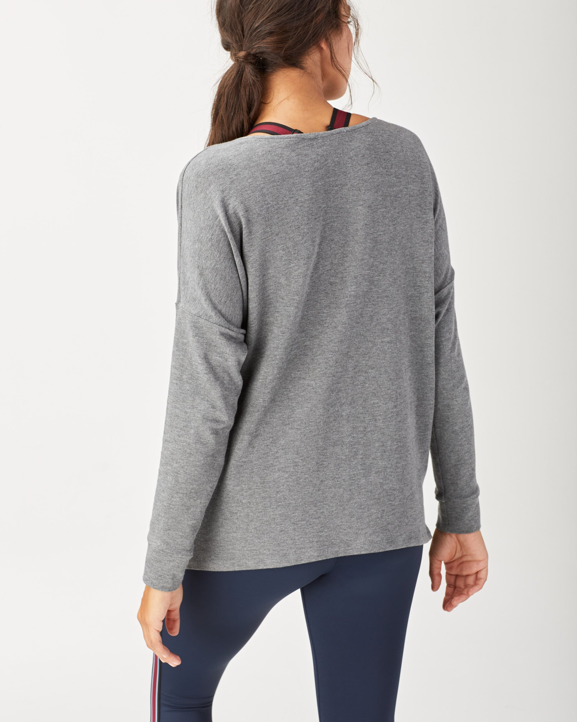 wander-sweatshirt-grey