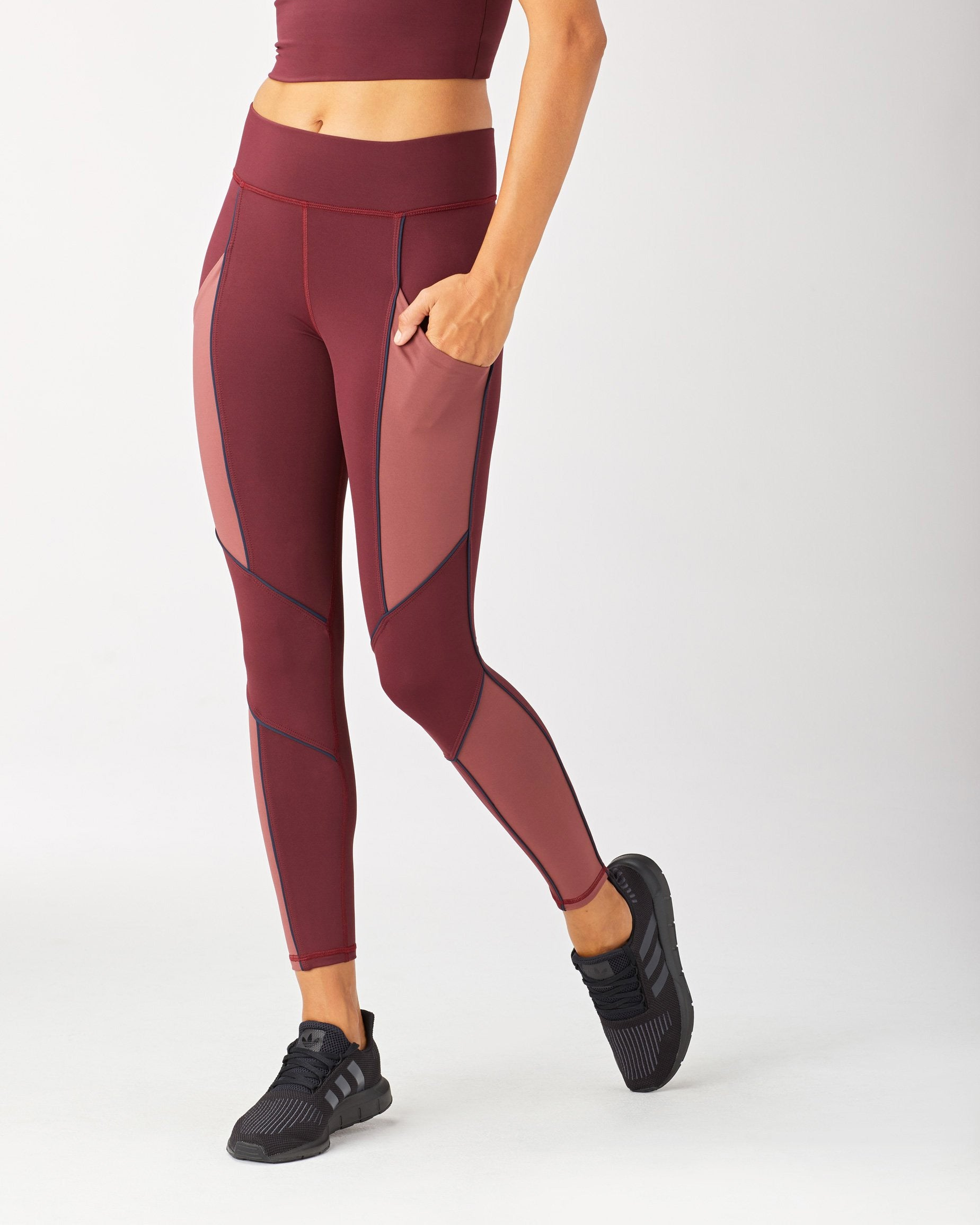 baltic-pocket-legging-wine-spice