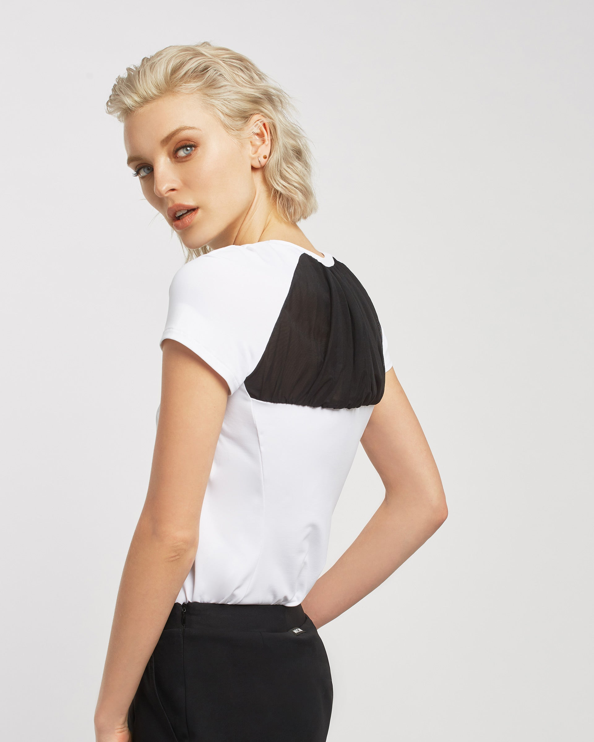 birdie-top-white-black