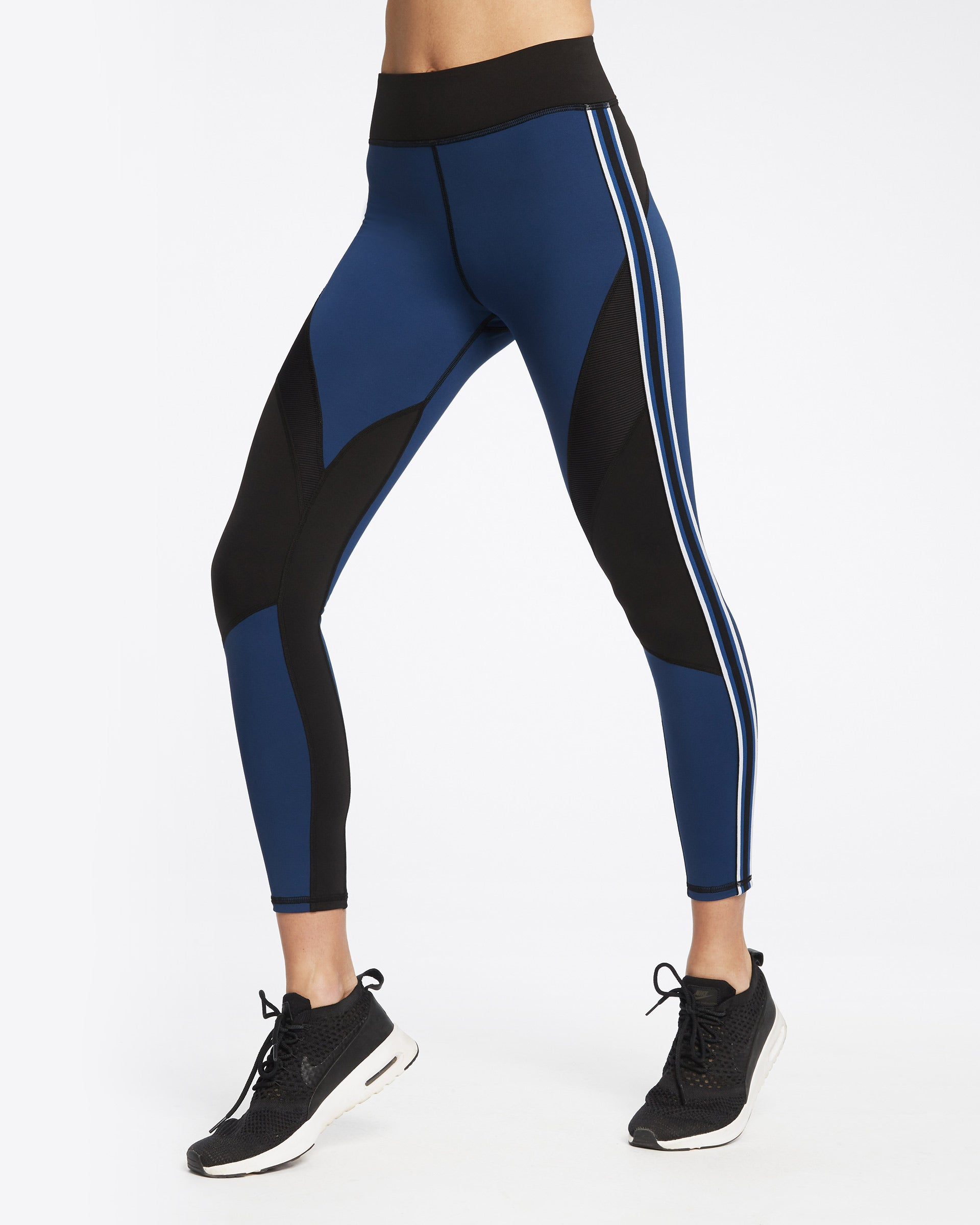 detour-legging-adriatic-blue-black