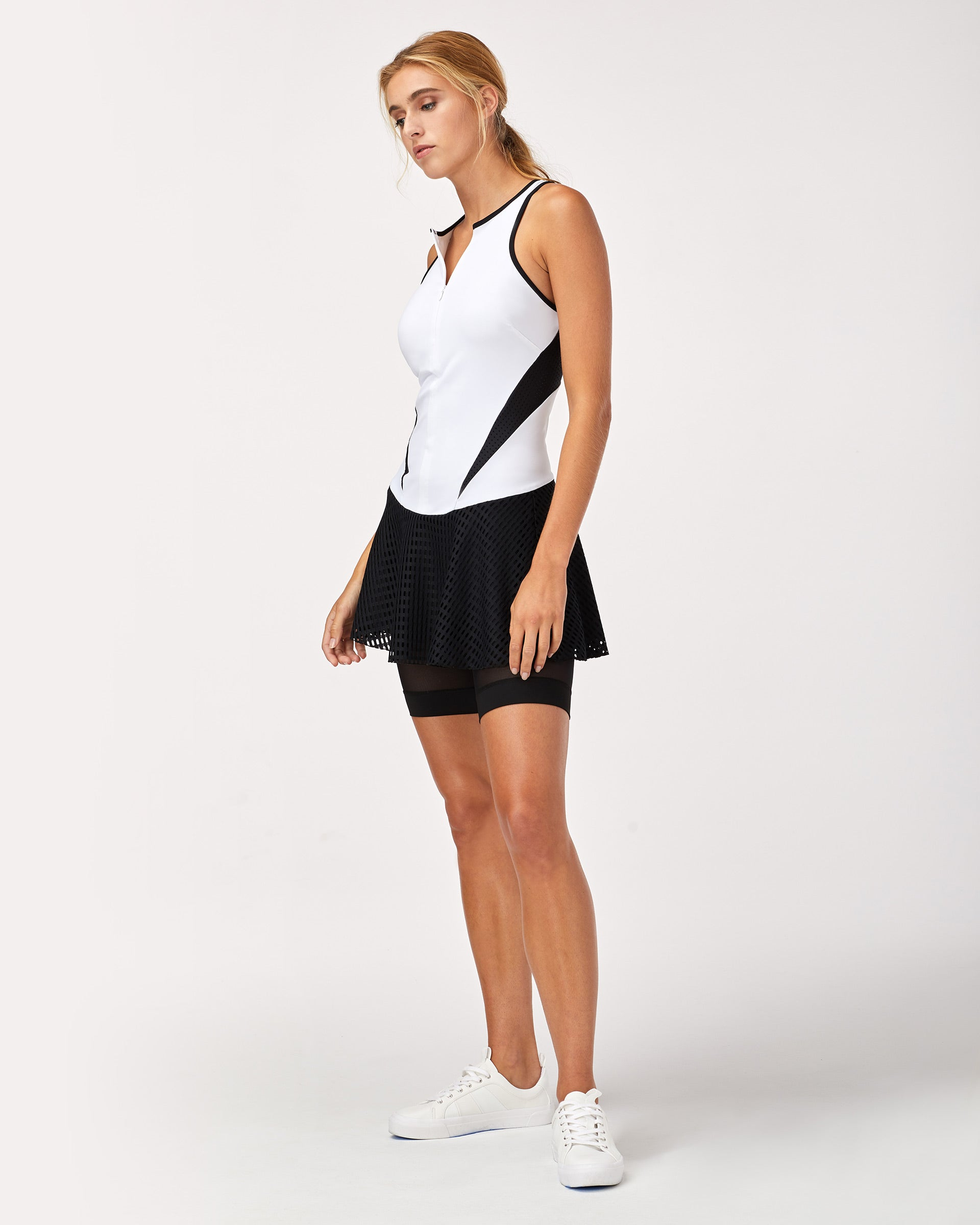 drop-tennis-dress-white-black