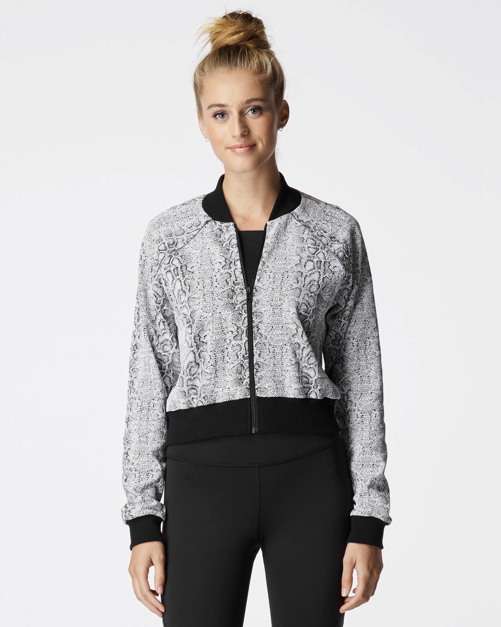 flash-jacket-black-white-python
