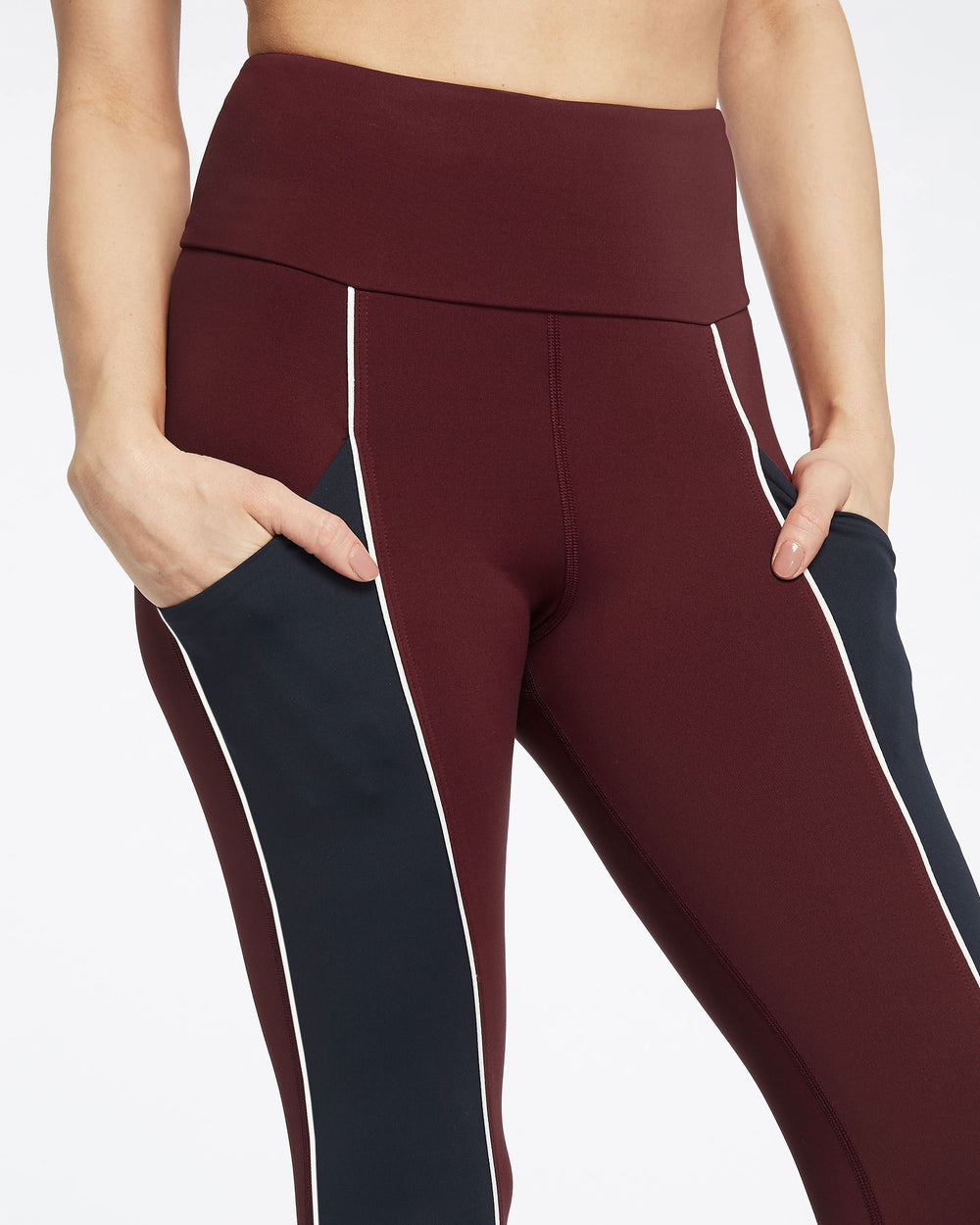 Gradient Pocket Legging - Wine/Deep Sea Navy/White