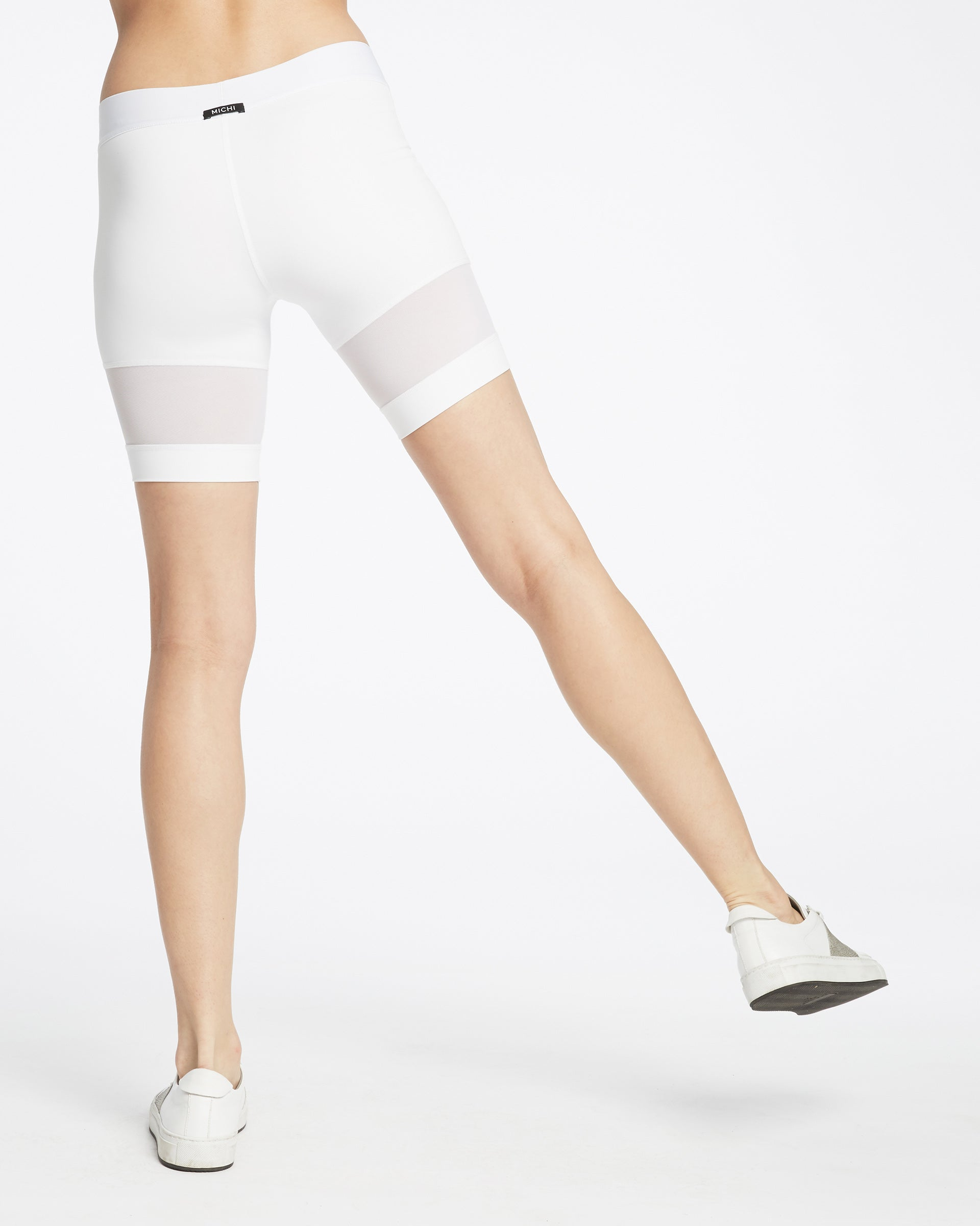 Kinetic Short - White