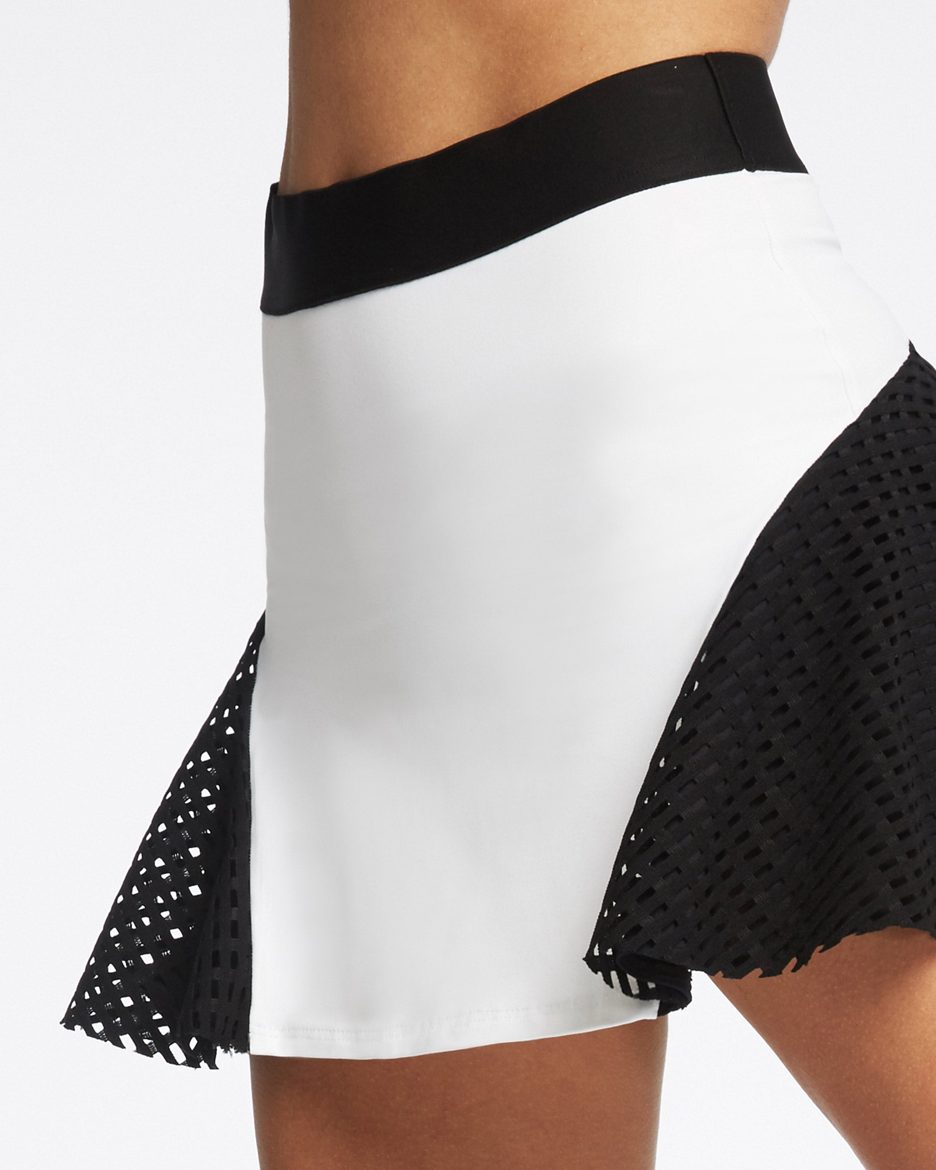 King Skirt - White/Black