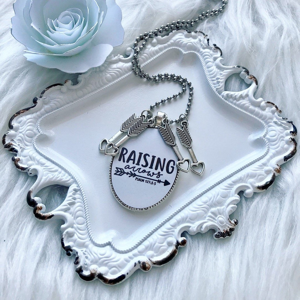 Raising Arrows Necklace - Juliet Rose Boutique