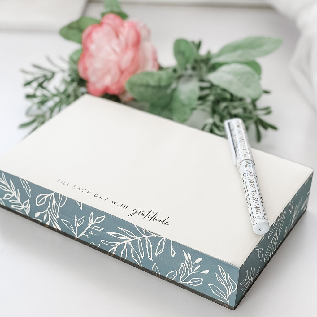 Fill Each Day With Gratitude Paper Notepad - Juliet Rose Boutique