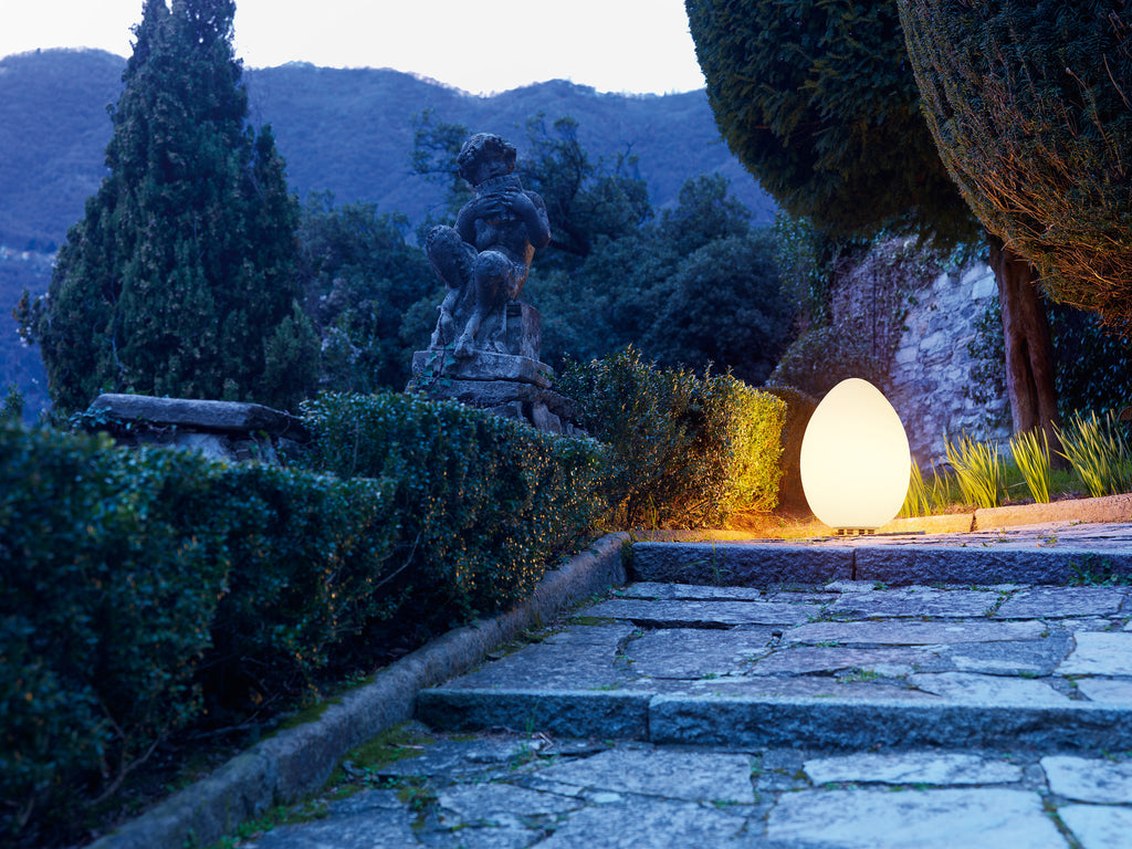 UOVO Outdoor Lamp by Fontana Arte – DUPLEX DESIGN