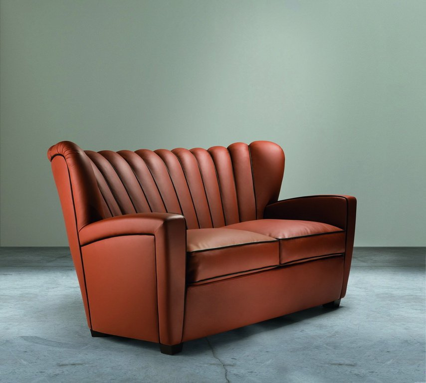 ZARINA DIVANO Leather Two Seat Sofa By Cesare Cassina For Adele C