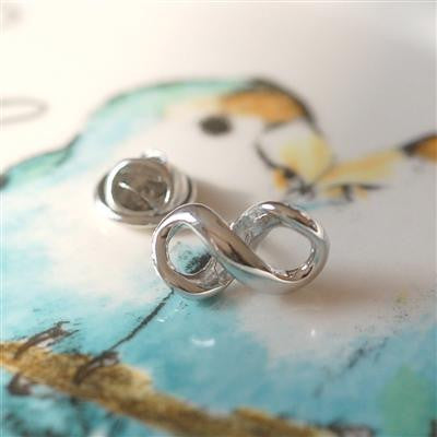 Rhodium plated Infinity Lapel Pin