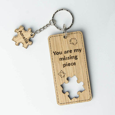 Wooden keyring with a jigsaw