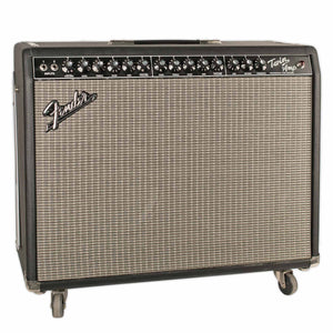 USED FENDER TWIN WITH FOOTSWITCH