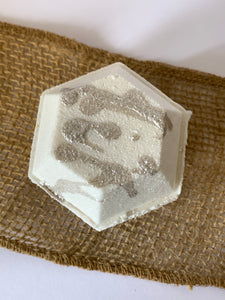Cashmere Cream Hexagon Bath Bomb