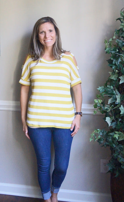 Love In Spaces Top, Mustard
