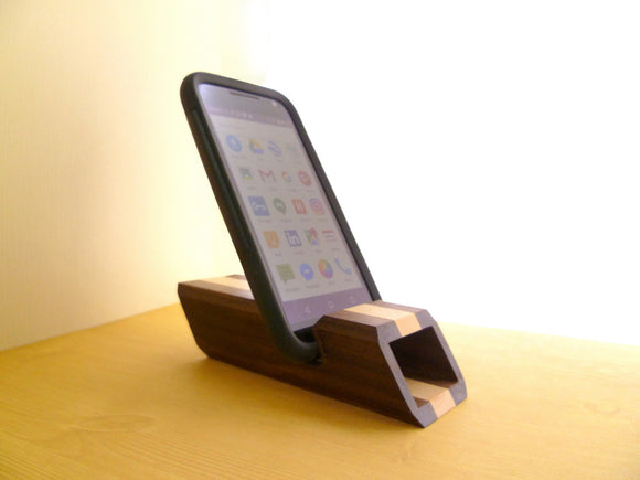 Chester Smart Phone Stand & Amplifier
