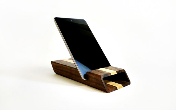 Chester Tablet Dock & Sound Amplifier