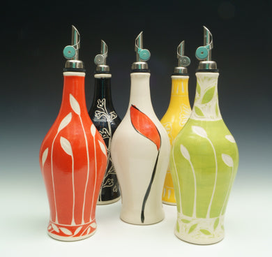 Marion Nehmer: Oil Bottle