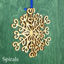 Doles Orchard: 3D Wooden Snowflake - 4""