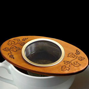MoonSpoon: Grapevine Tea Strainer