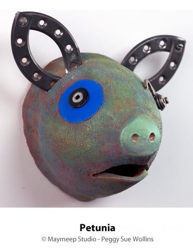 Peggy Sue Wollins: Petunia